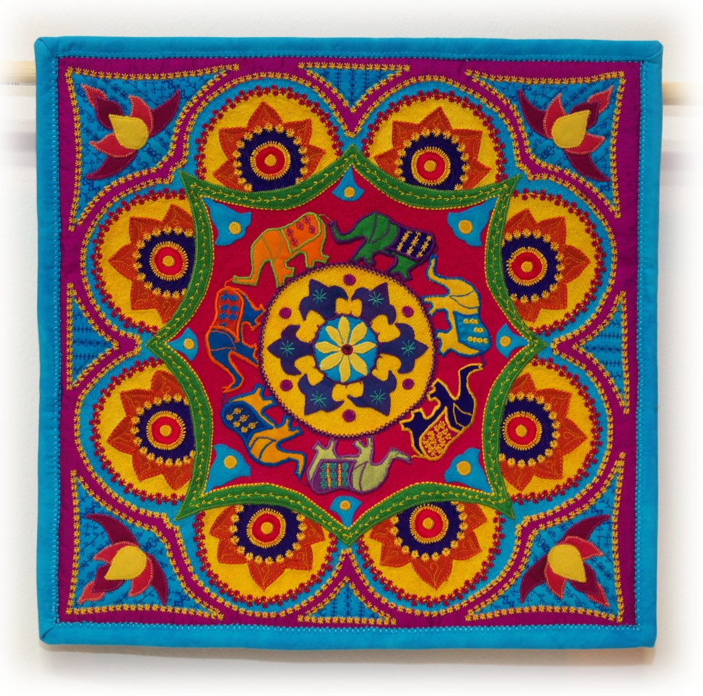 319-miniature-quilts-ann-marie-tye-elephant-walk