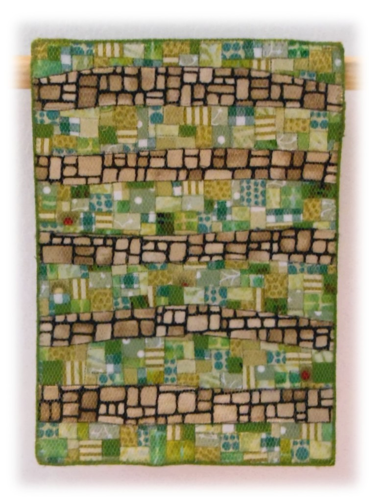342-miniature-quilts-christine-beamish-sward-stoned-sliced
