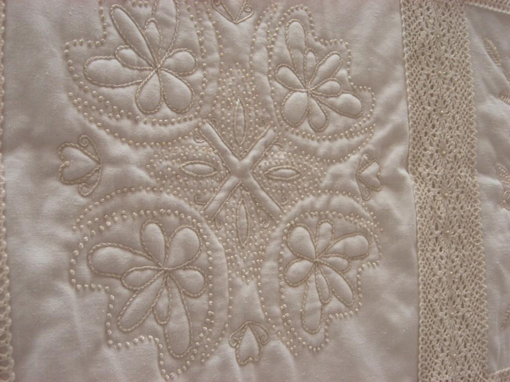 linda-fry-candlewicking-quilt-detail