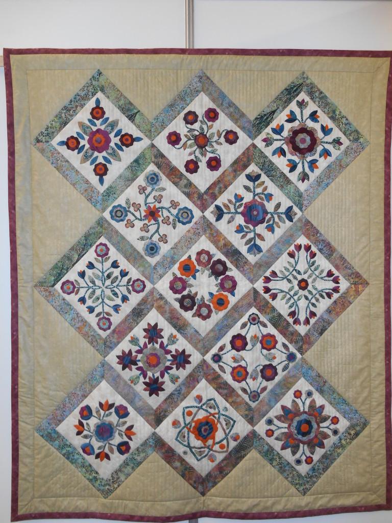 nada-dakov-and-eva-grulichov-thirteen-in-flowers_13968455992_o